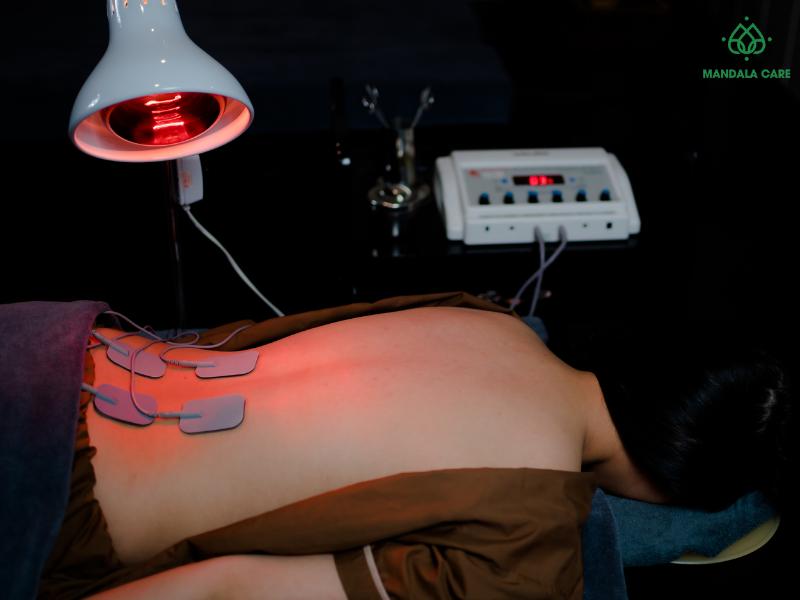 Sự kết hợp giữa chiếu đèn hồng ngoại kết hợp điện xung cho ra một liệu pháp tối ưu